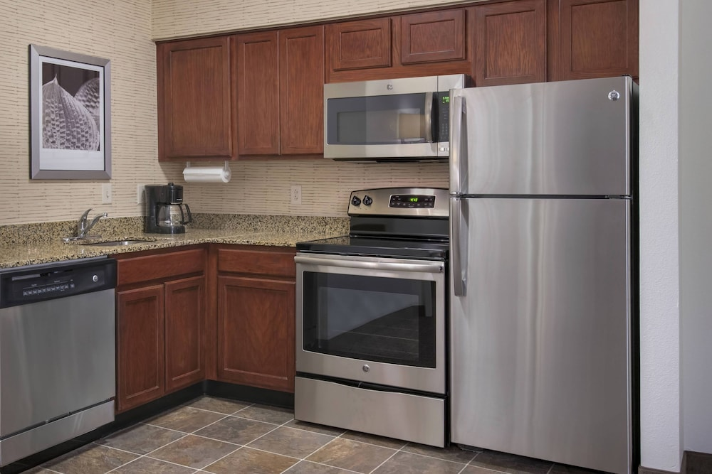 Private Kitchen, Residence Inn by Marriott Newark Elizabeth/Liberty International Airport