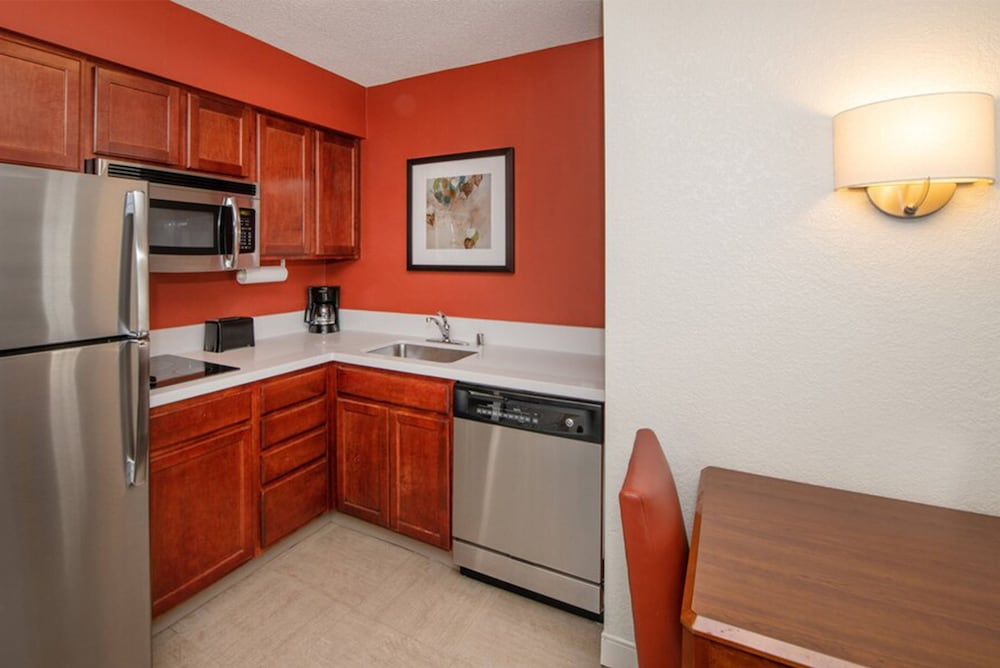 Private Kitchen, Residence Inn by Marriott Newark Silicon Valley