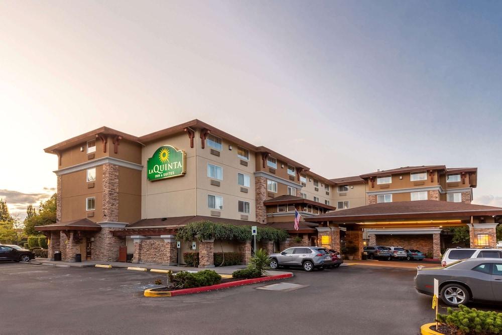 La Quinta Inn Suites By Wyndham Vancouver In Vancouver Hotel Rates Reviews On Orbitz