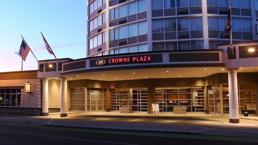 Crowne Plaza Syracuse, an IHG Hotel