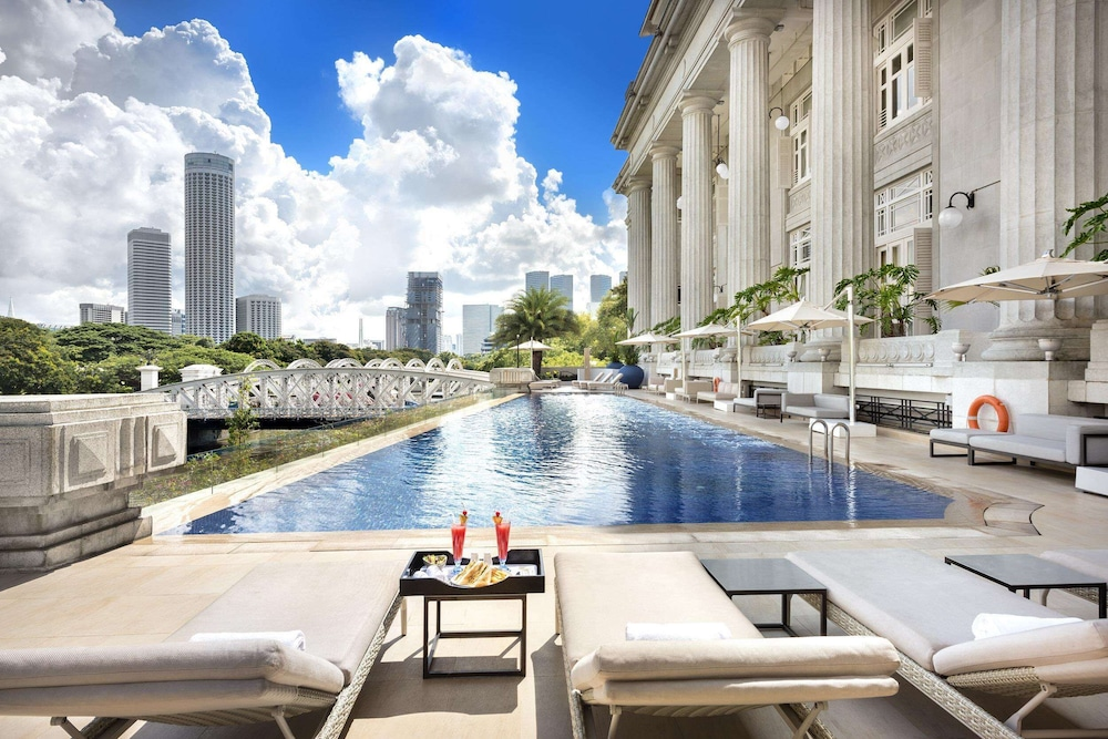 Outdoor Pool, The Fullerton Hotel Singapore