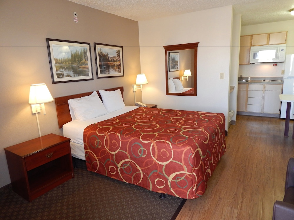 Room, InTown Suites Extended Stay Lewisville TX East Corporate Drive