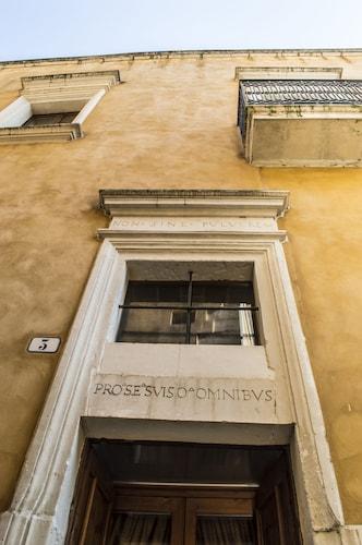 Hotel Residence Palazzo Baldi