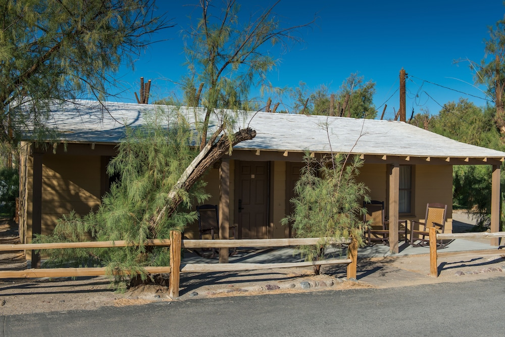 Room, The Ranch at Death Valley – Inside the Park