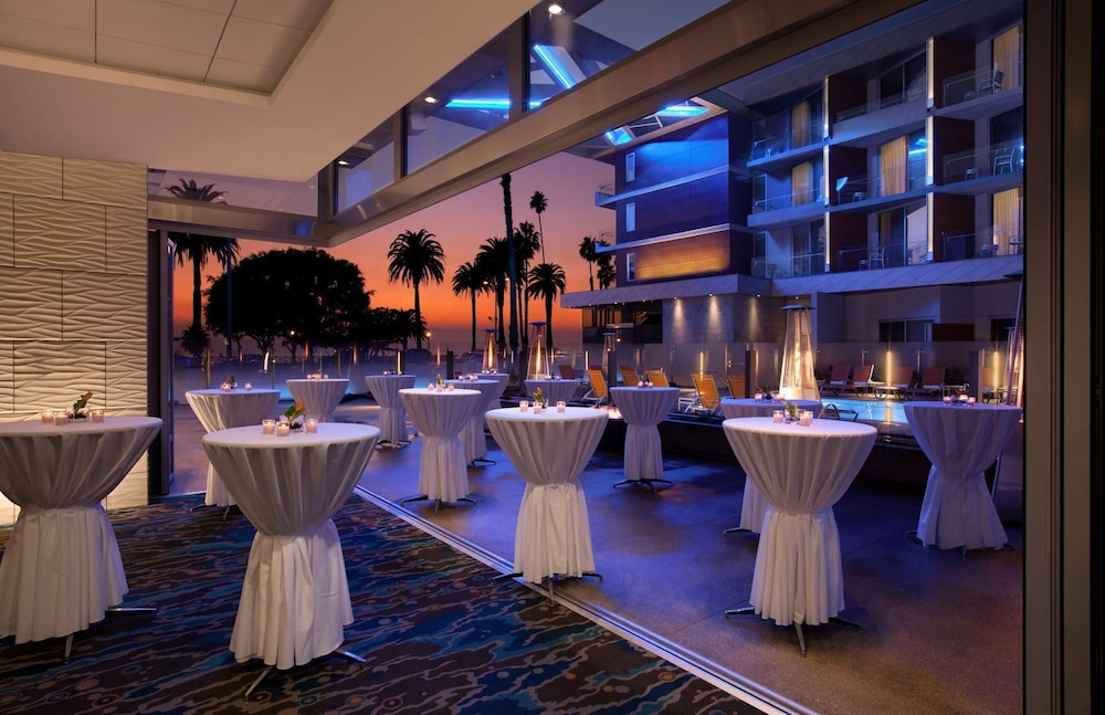 Banquet Hall, Shore Hotel