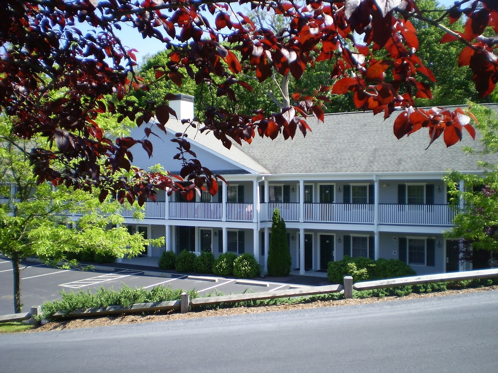 Exterior, Best Western Plus Cold Spring