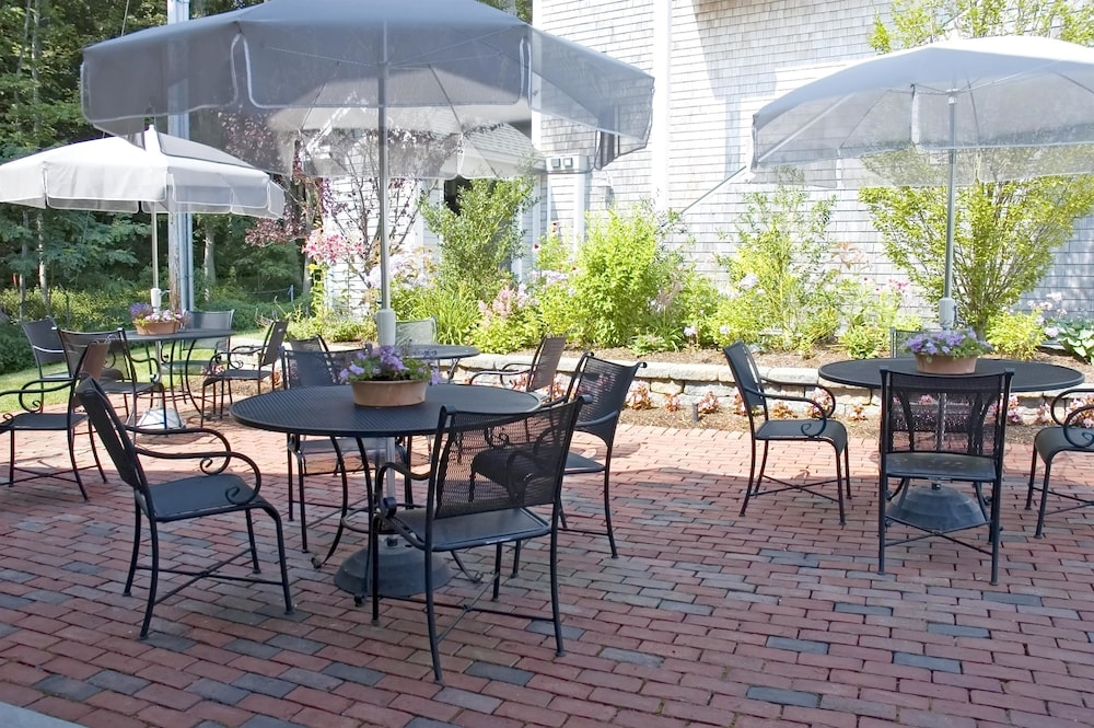 Terrace/Patio, Best Western Plus Cold Spring