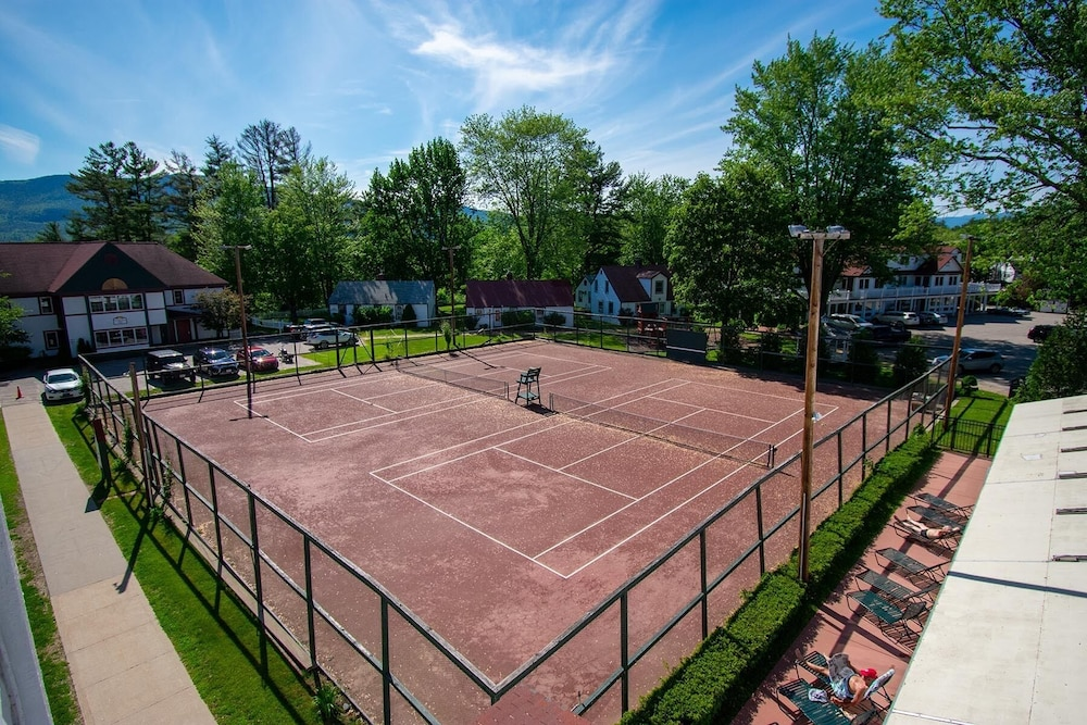 Tennis Court, Eastern Slope Inn Resort
