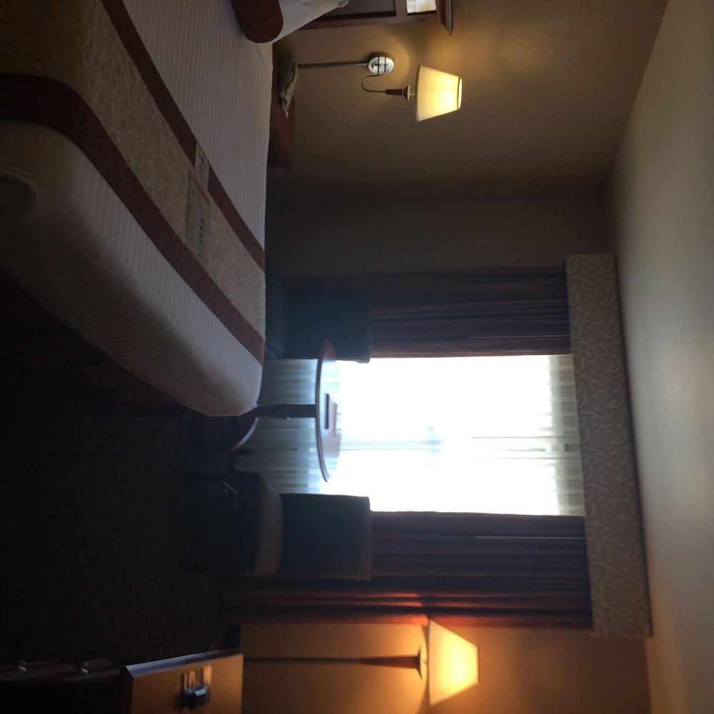 midnight rose amp mcgills hotel amp casino in colorado springs