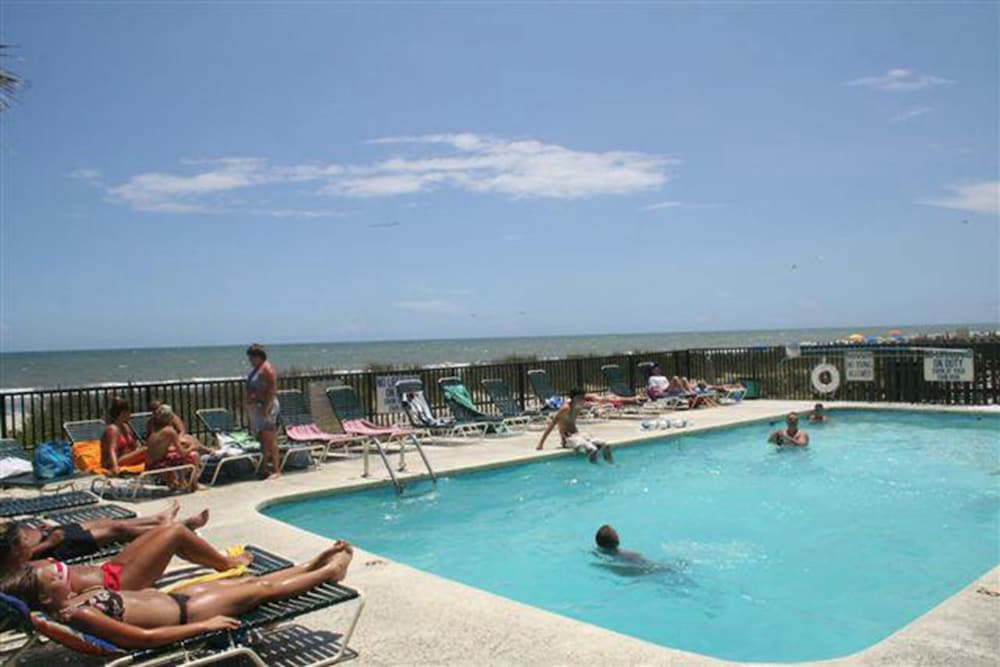 Outdoor Pool, Polynesian Beach & Golf Resort
