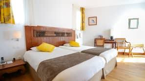 Draps en coton égyptien, minibar, coffres-forts dans les chambres
