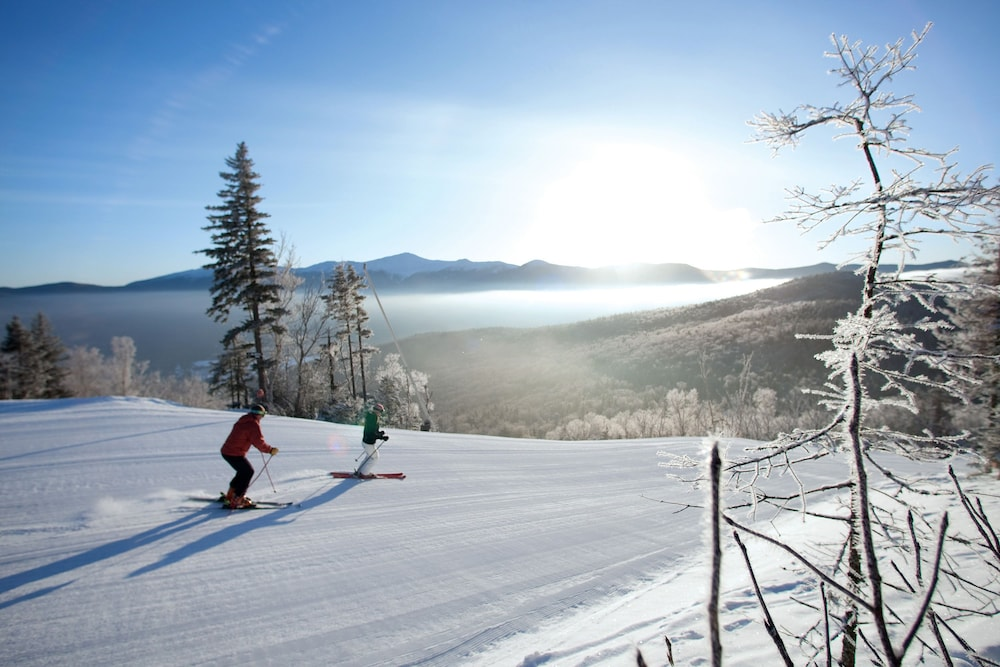 Skiing, The Lodge at Bretton Woods