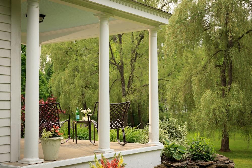 Book Garden Gables Inn | Lenox Hotel Deals