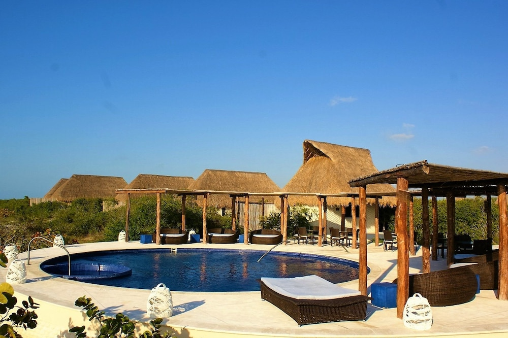 Xixim unique mayan hotel in celestun hotel rates for Novelty hotel