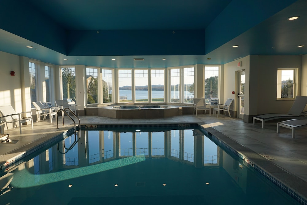 Indoor Pool, Belfast Harbor Inn