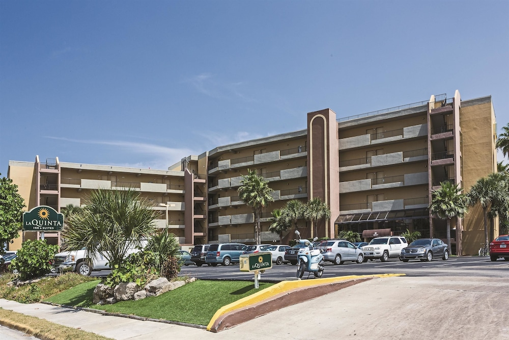 Cocoa Beach Suites Hotel Reviews