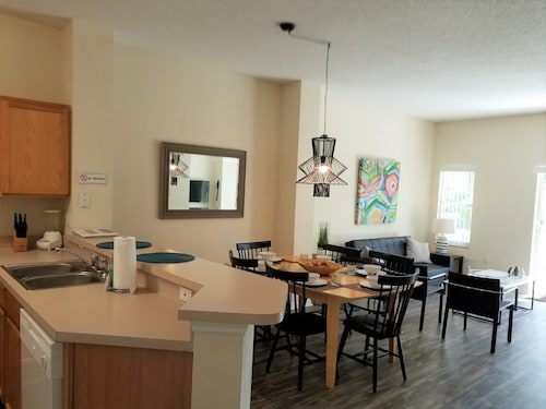 Great Place to stay Alamo Vacation Townhomes near Orlando