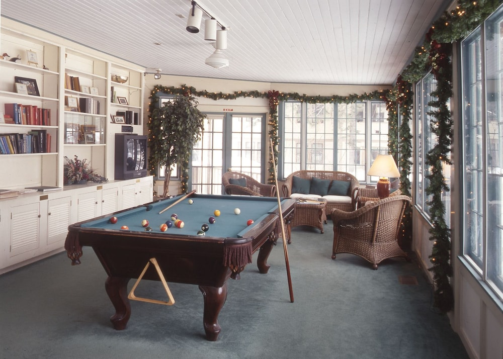 Billiards, The Wentworth