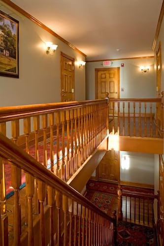 Staircase, The Wentworth