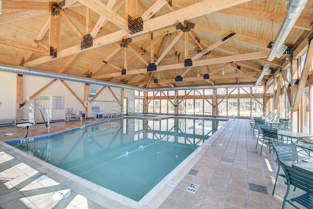 Indoor Pool, Southbridge Hotel and Conference Center