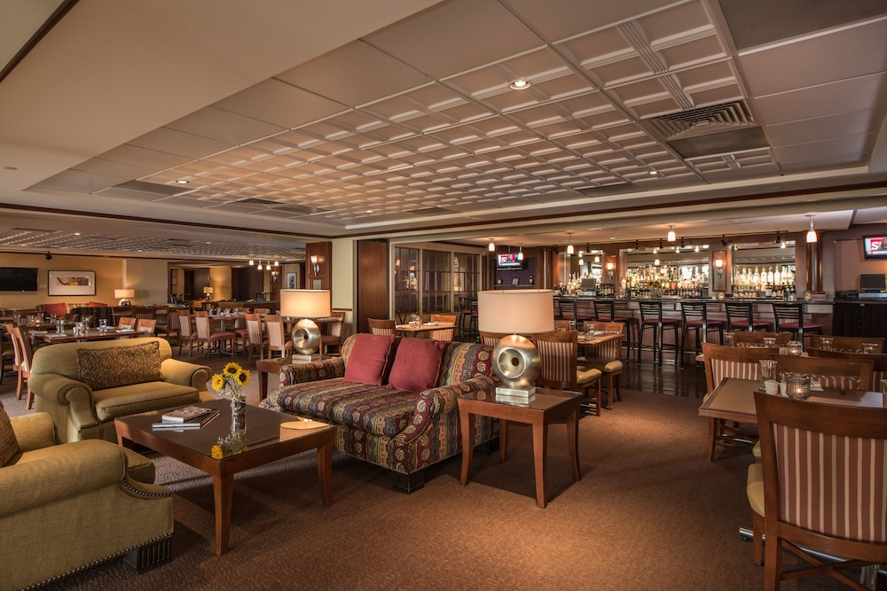 Lounge, Southbridge Hotel and Conference Center