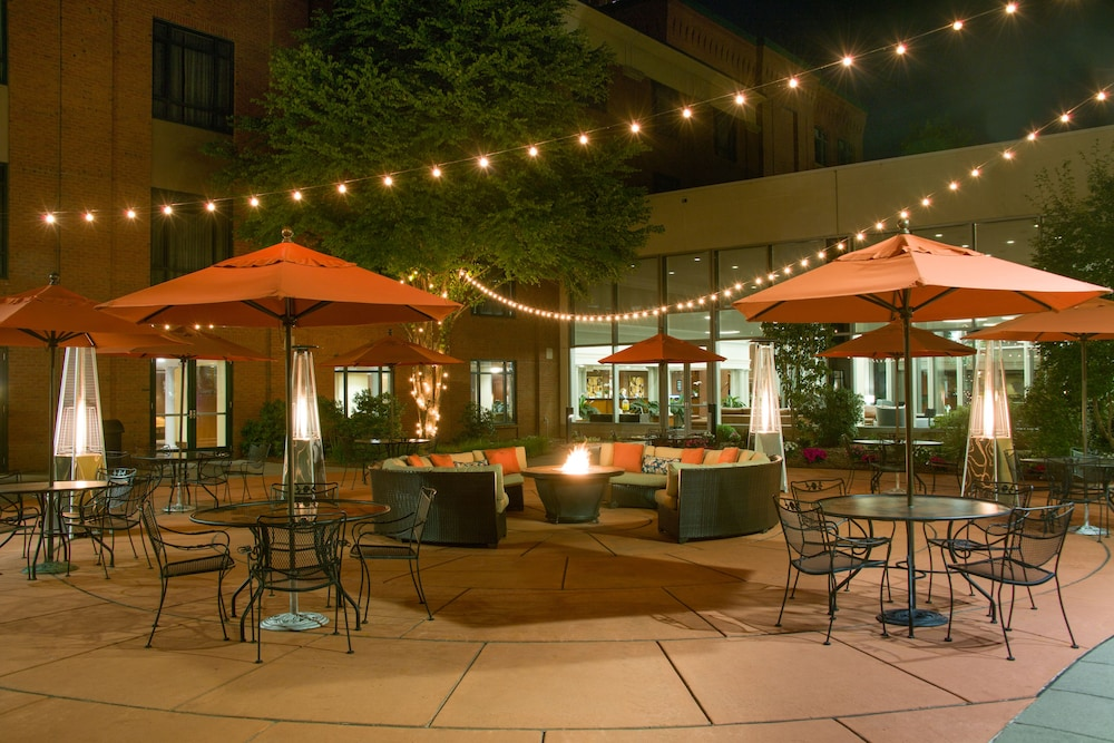 Courtyard, Southbridge Hotel and Conference Center