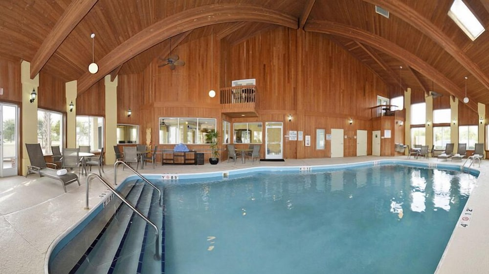 Indoor Pool, Best Western Plus Wilmington/Carolina Beach