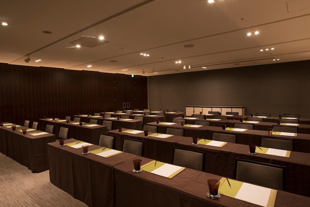 フォーシーズンズホテル丸の内 東京 Expedia提供写真