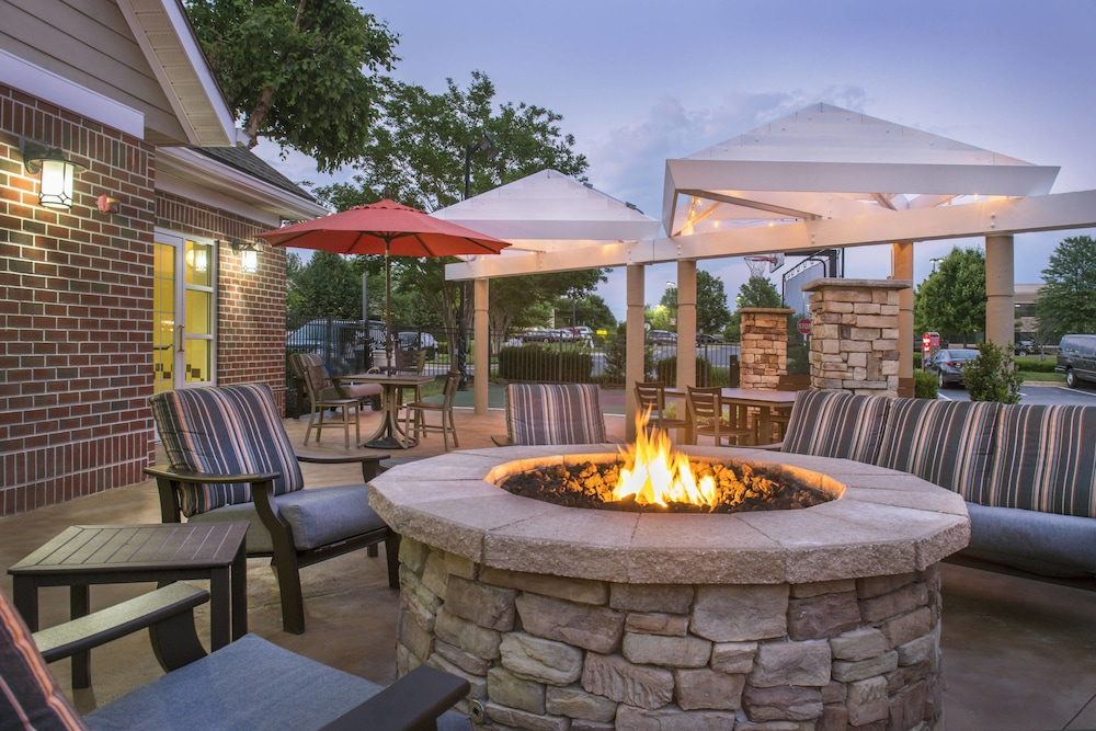BBQ/Picnic Area, Residence Inn by Marriott Frederick
