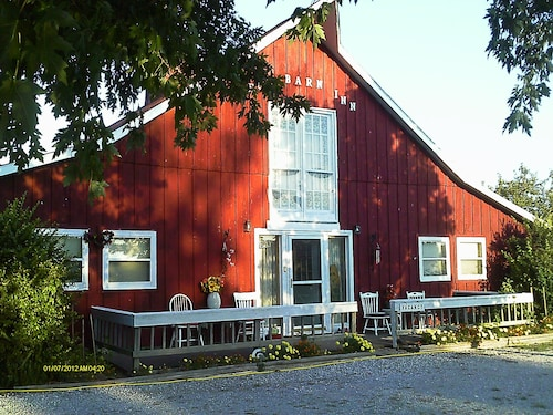 Kennedys Red Barn Inn