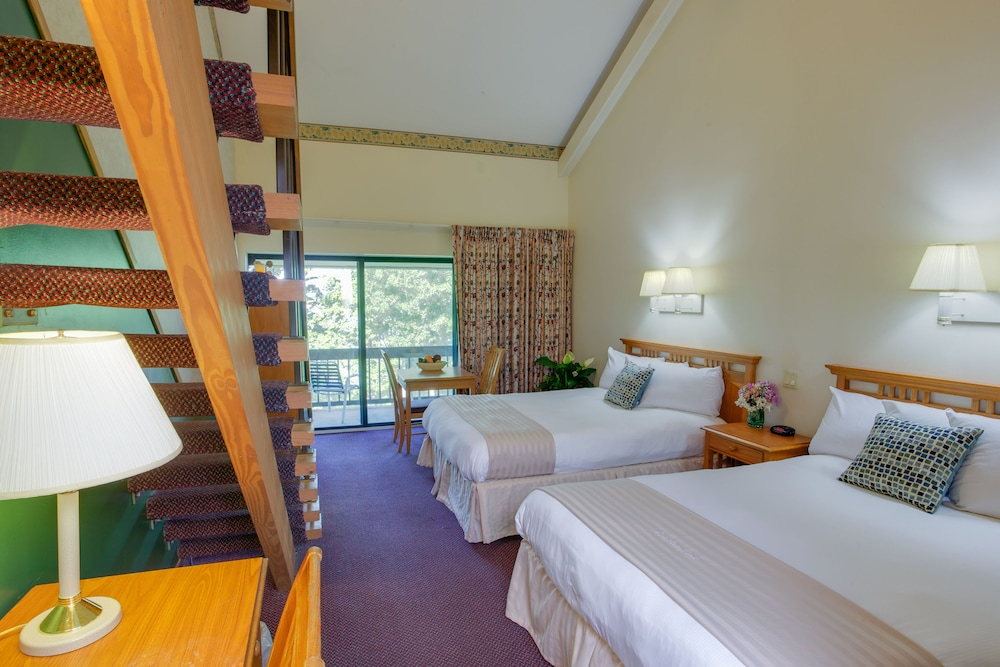 Room, Deer Creek Lodge & Conference Center