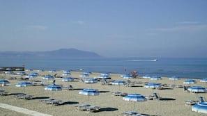 Private beach nearby, sun loungers, beach umbrellas