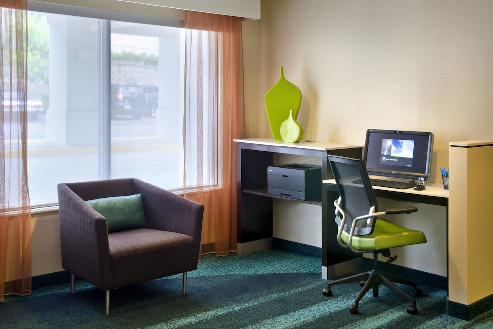 Business Center, Springhill Suites By Marriott - Danbury