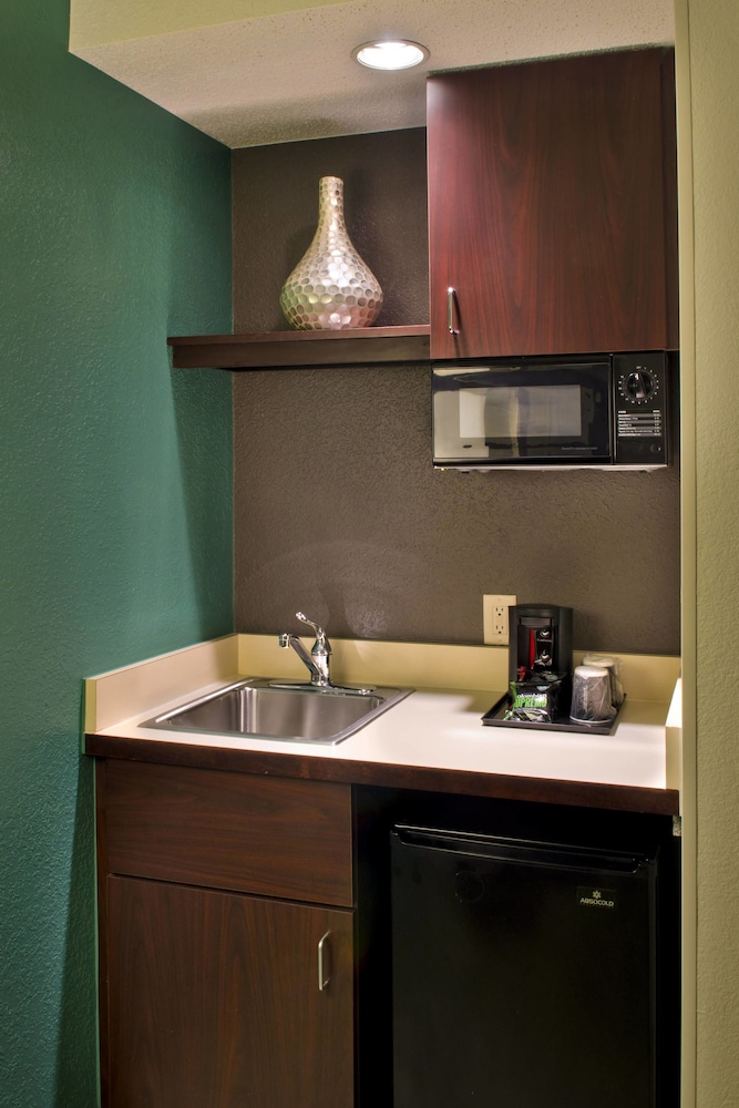 Private Kitchenette, Springhill Suites By Marriott - Danbury