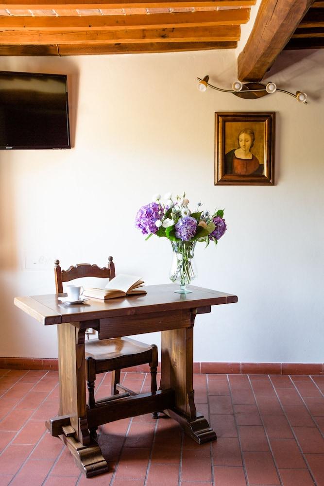 Rooms: Hotel Villa Rinascimento (Lucca, Italy)