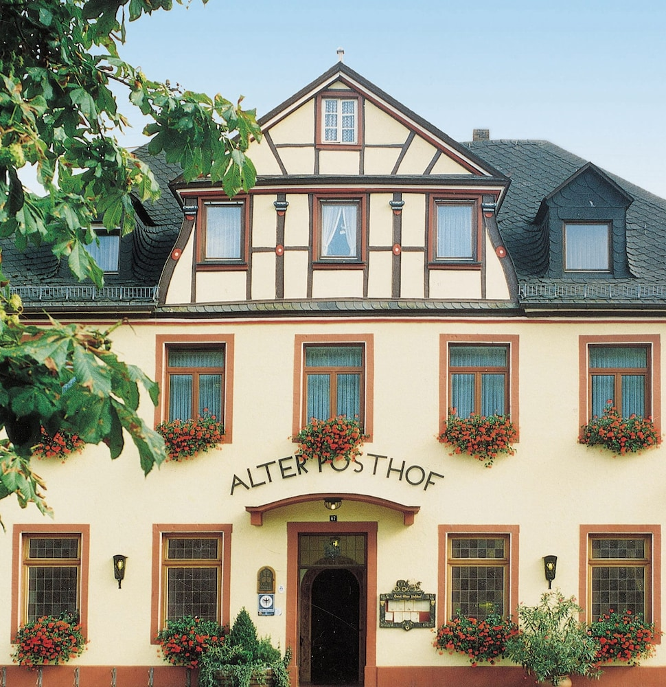 Flair Hotel Alter Posthof in Spay | Hotel Rates & Reviews on Orbitz