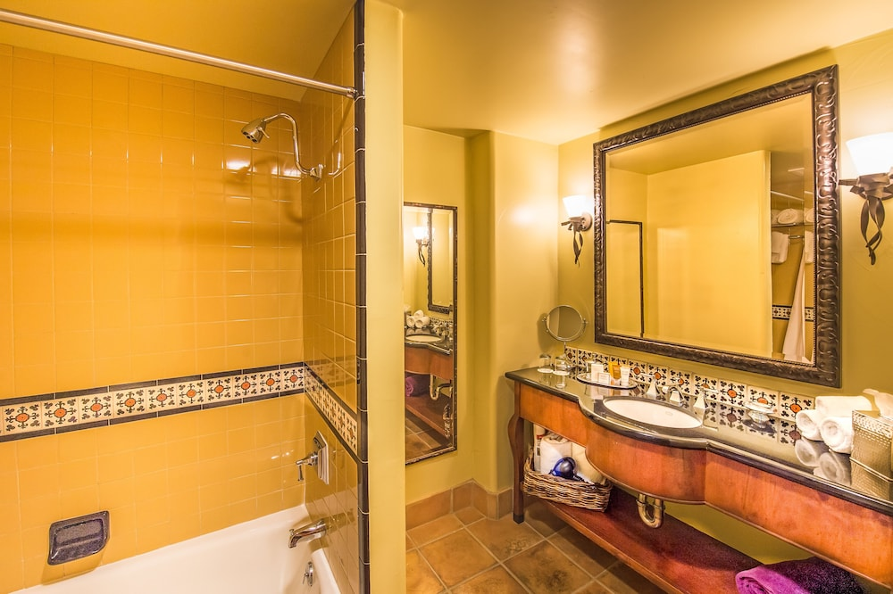 Bathroom, Hotel Los Gatos