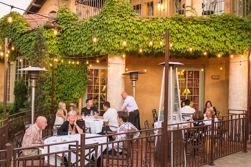 Outdoor Dining, Hotel Los Gatos