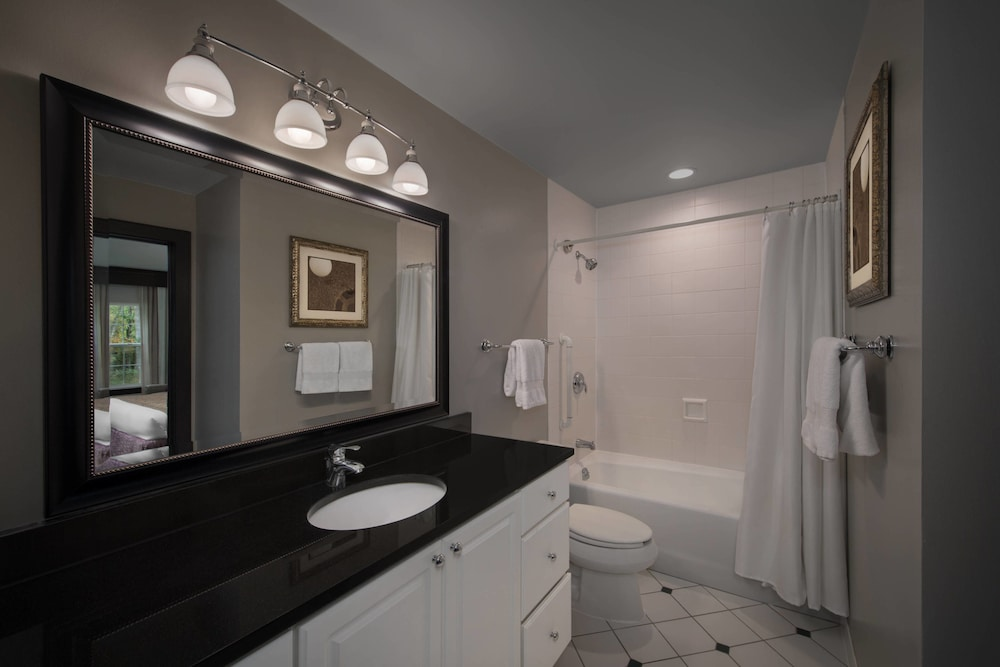 Bathroom, Marriott's Fairway Villas