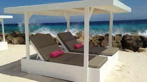 Private beach nearby, white sand, beach cabanas, sun-loungers