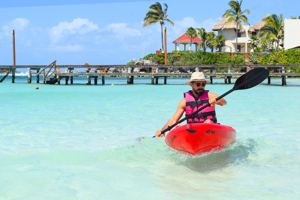 Kayaking, Mia Reef Isla Mujeres - All Inclusive