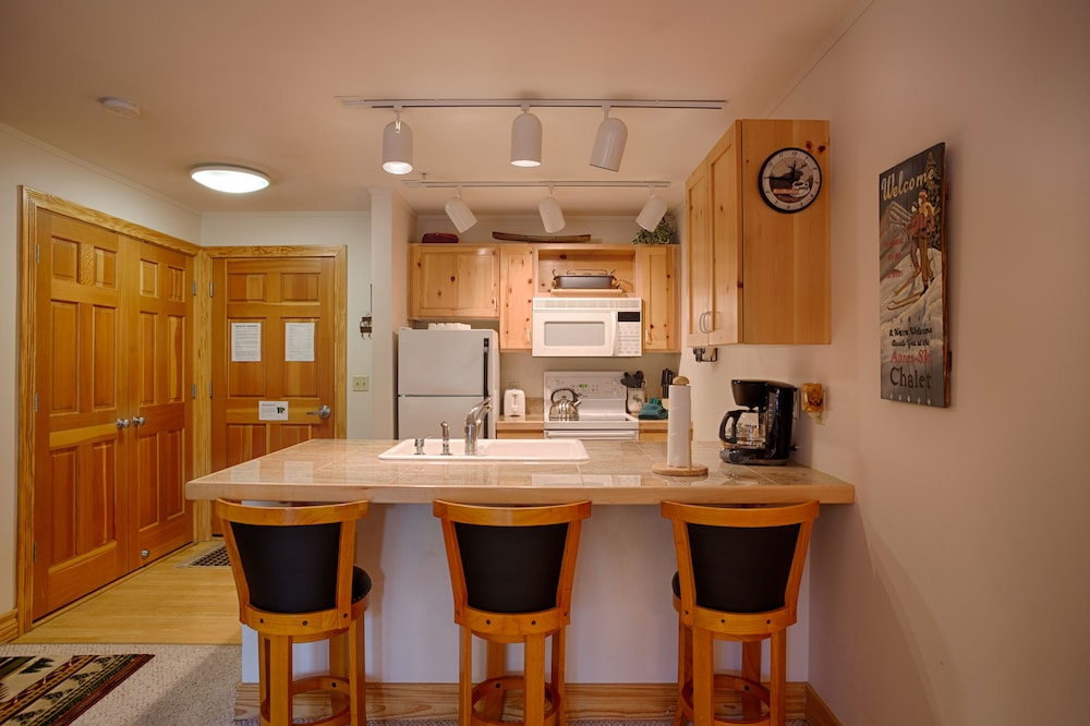 Private Kitchen, Grand Targhee Vacation Rentals