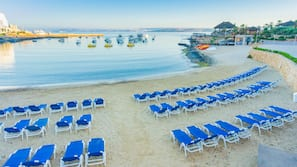 På stranden, strandhanddukar, sportdykning och snorkling