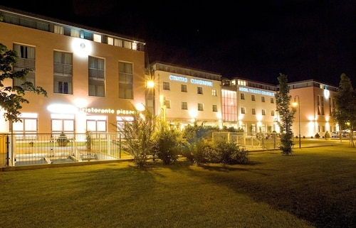 4 Star Hotels In Crocetta Del Montello Luxury Hotels With