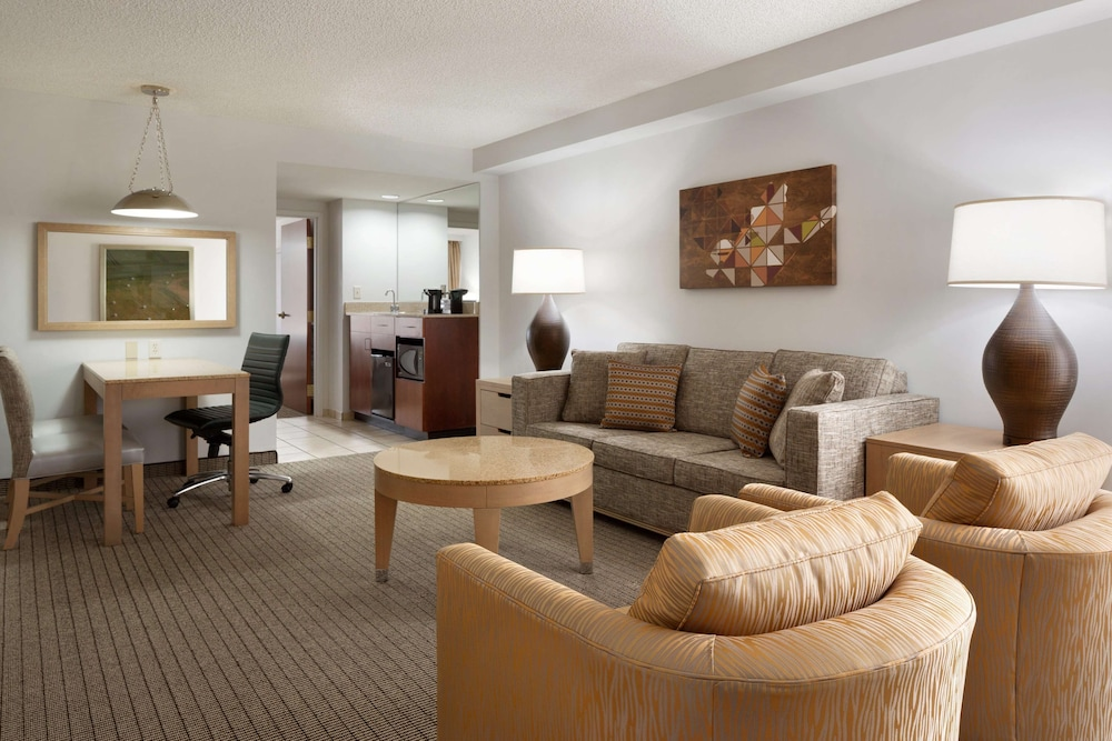 Living Area, Embassy Suites by Hilton Denver International Airport