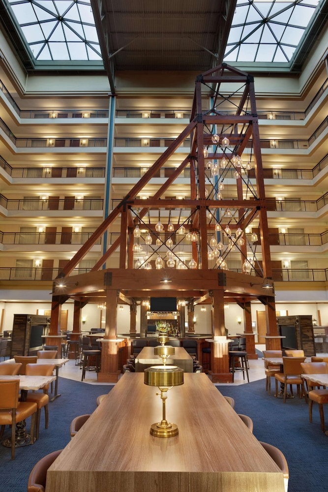 Lobby, Embassy Suites by Hilton Denver International Airport