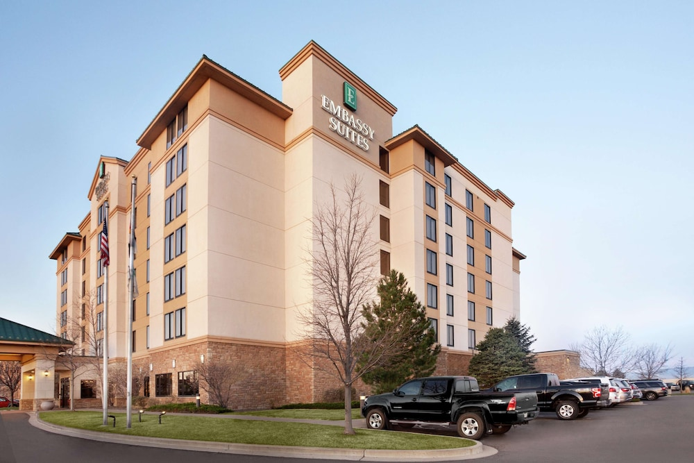 Exterior, Embassy Suites by Hilton Denver International Airport