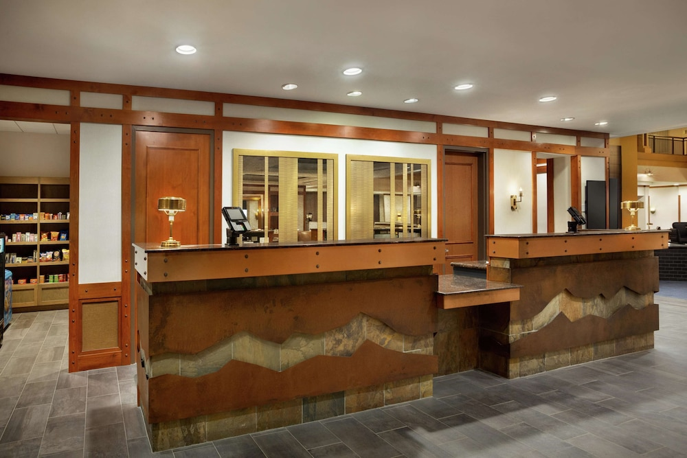 Reception, Embassy Suites by Hilton Denver International Airport