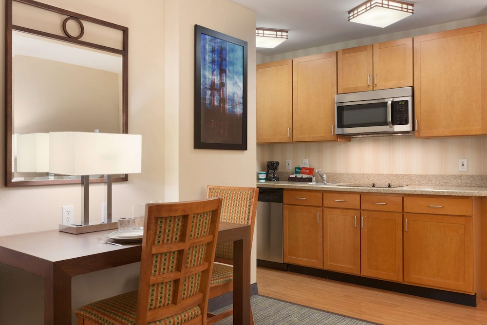 Private Kitchen, Homewood Suites by Hilton San Francisco Airport North