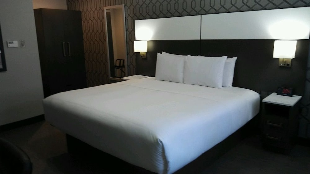 Book Saharan Motor Hotel Los Angeles Hotel Deals